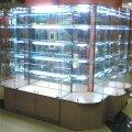 Cтеклянные витрины для магазинов